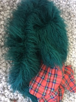 1. Gather your material - I used 1 mt of faux fur and 1 mt of cotton plaid.