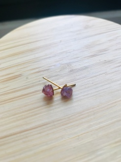 4. Your stone earrings are ready!